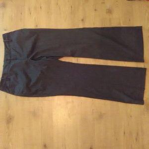 GAP Pants - Gap Womens Favorite Trouser Size 6A Stretch Gray